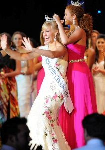 Caitlen Patton crowned Miss South Carolina Teen America Pageant