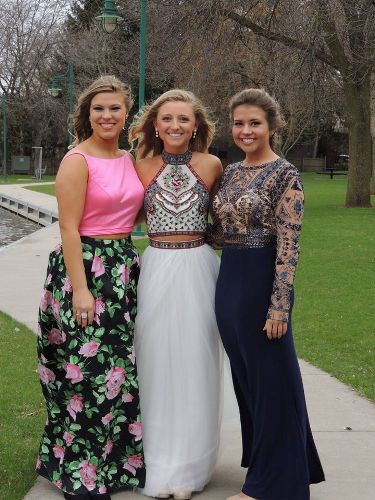 Prom Photo Winners Roxanne\'s Runway, Green Bay WI, Prom Dresses WI ...