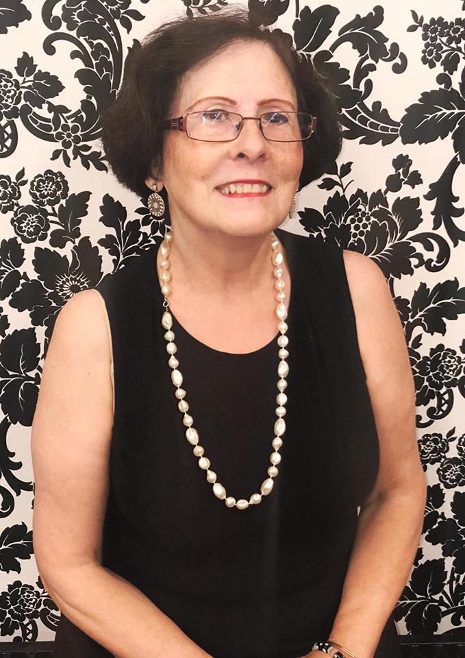 Clara Tavares-Silva